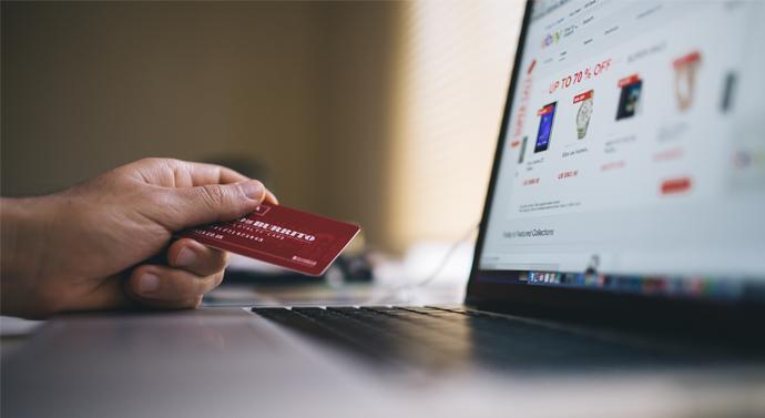 Polacy wykorzystują możliwości e-commerce – badanie PayPal i GfK